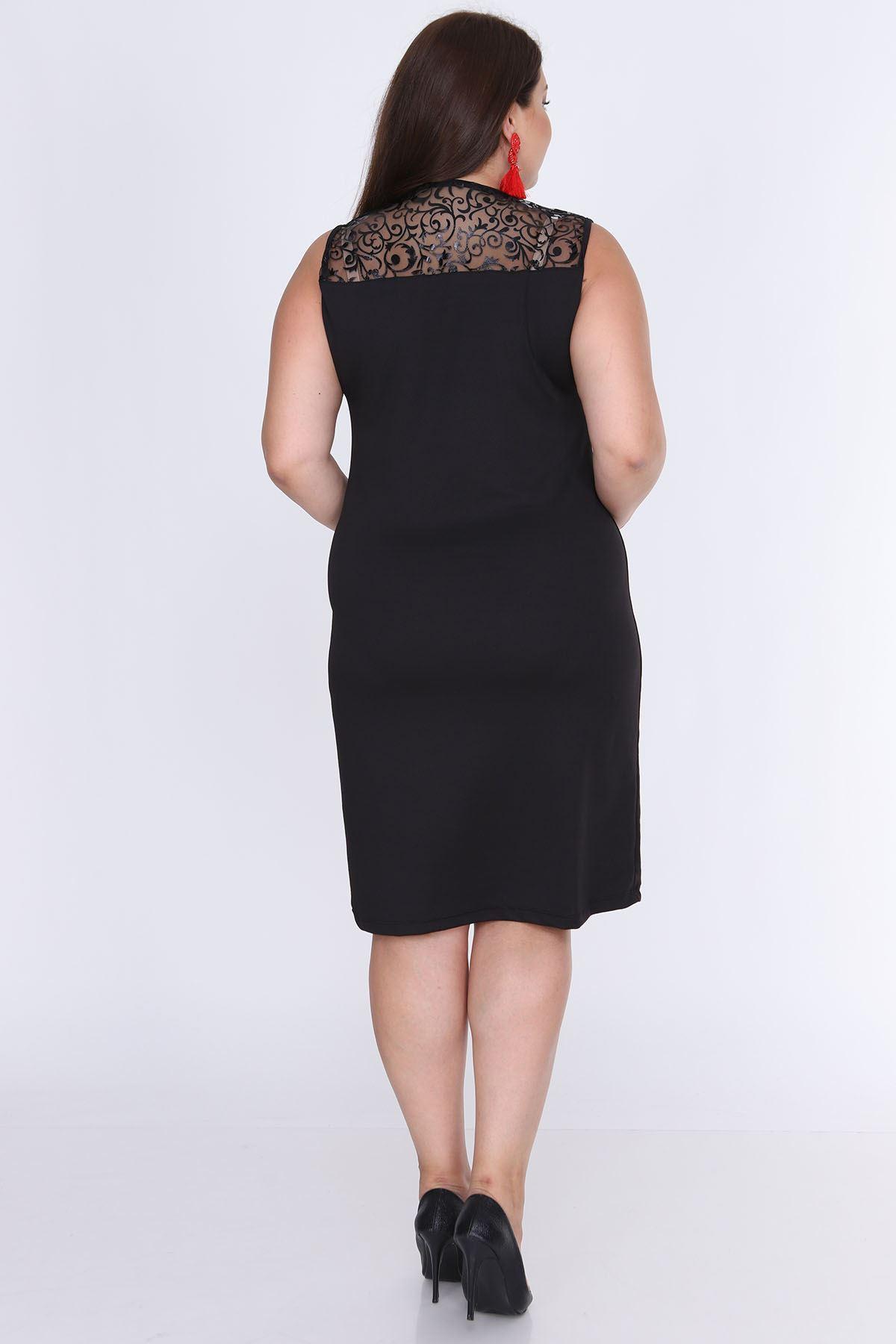 Kolsuz Siyah Esnek Büyük Beden Elbise 16D-0650