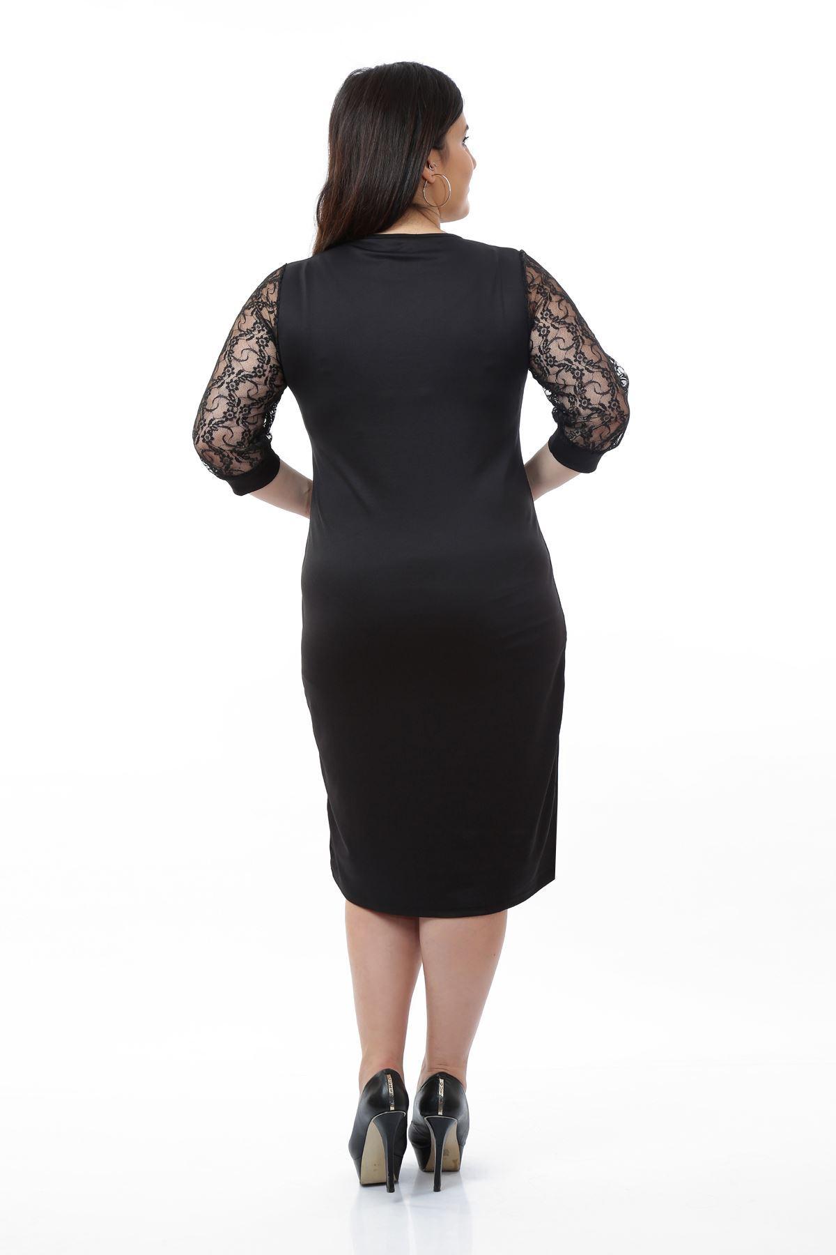 Siyah Dantelli Kol Büyük Beden Elbise 10B-0676