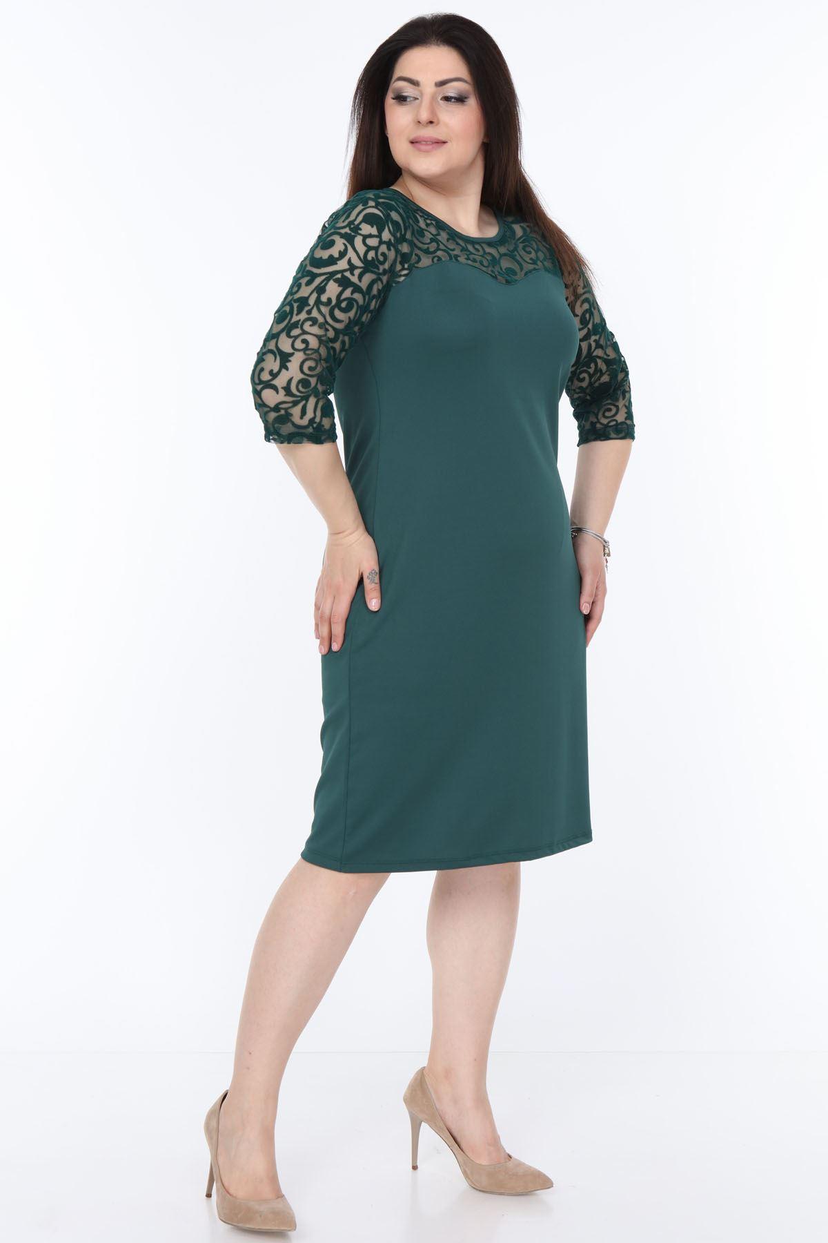 Yeşil Floklu Büyük Beden Elbise 15C-1034