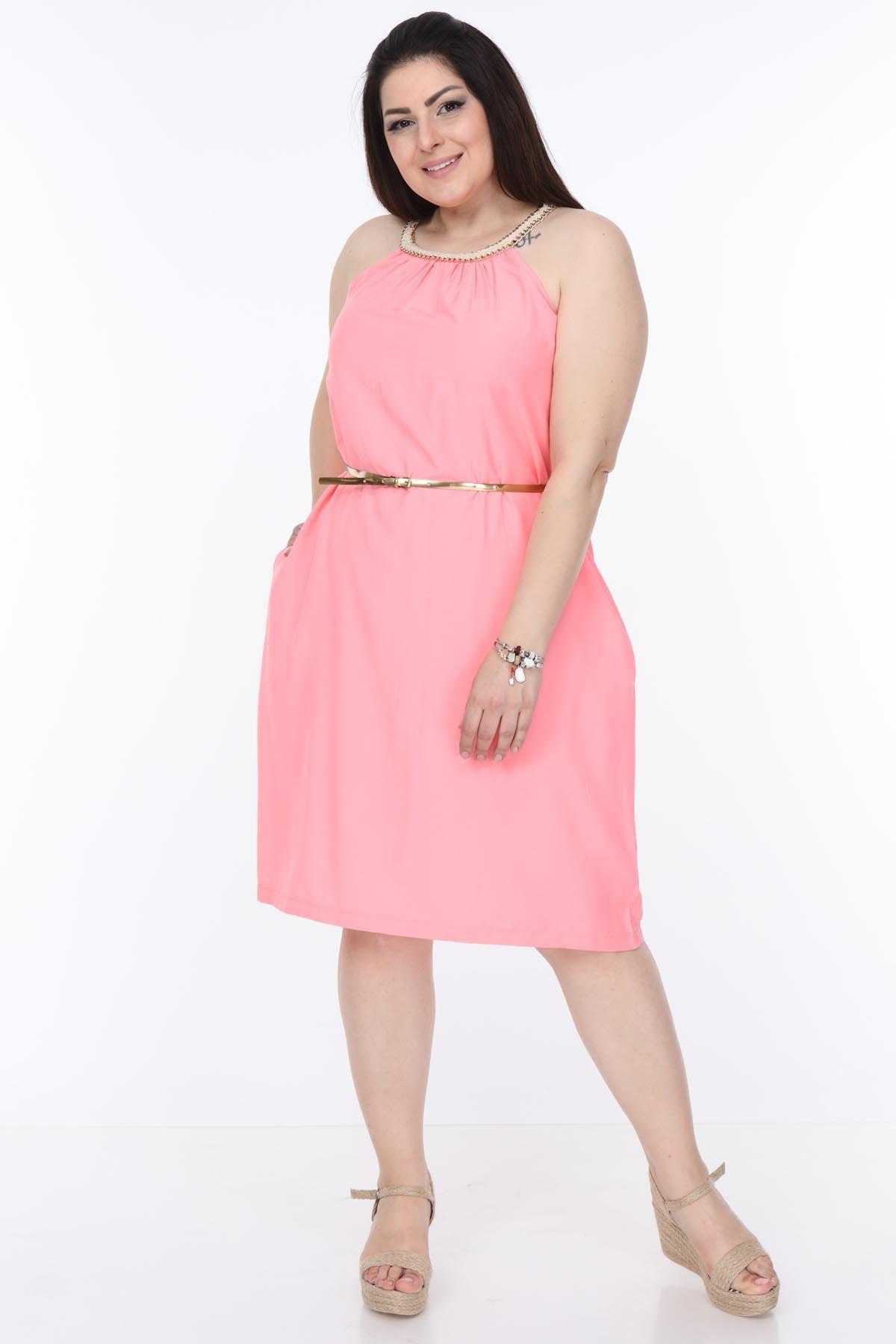 Yaka Detaylı Pembe Büyük Beden Elbise 6B-1109