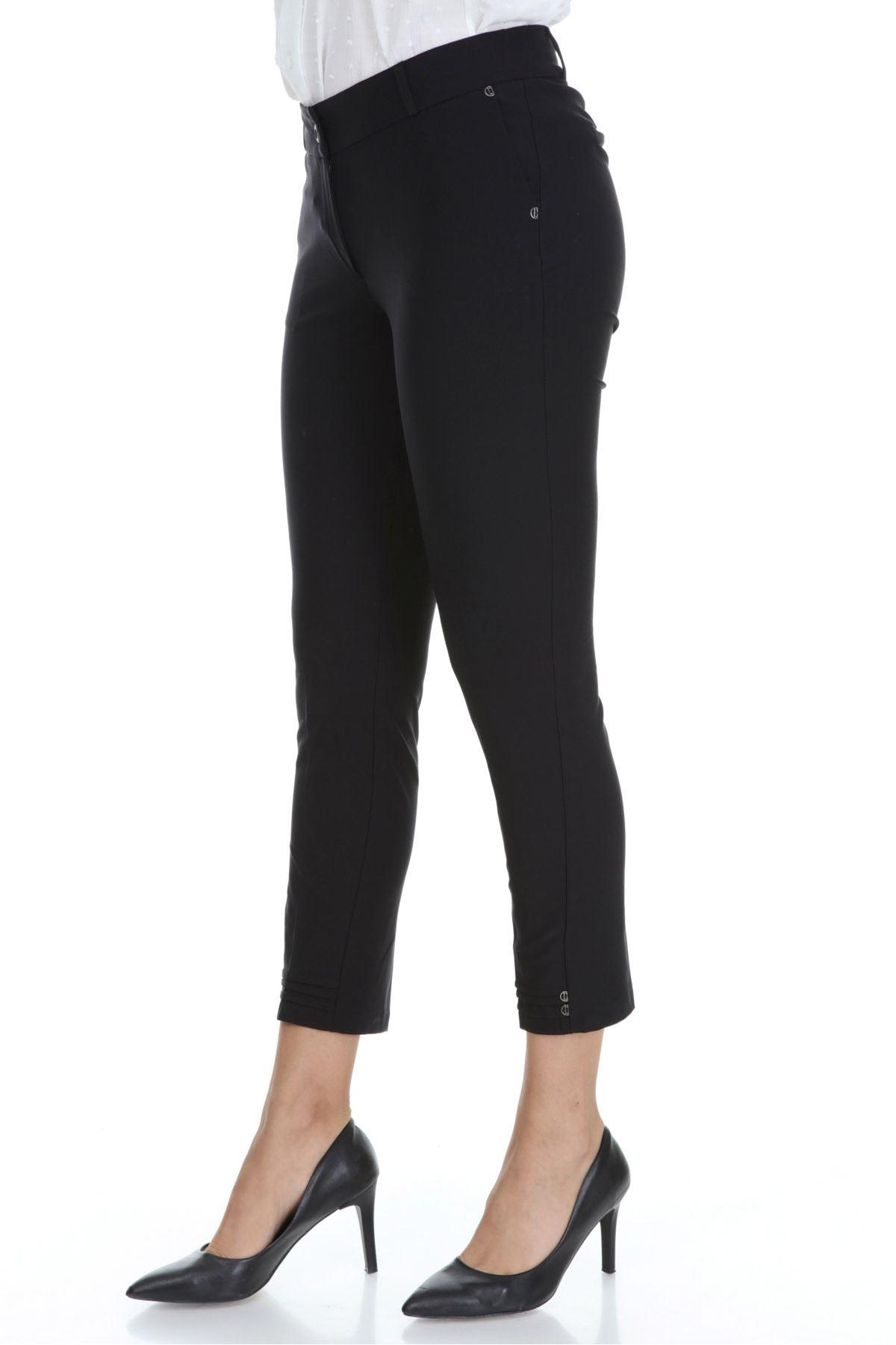 Siyah Cepli Kumaş Büyük Beden Pantolon 31E-3113
