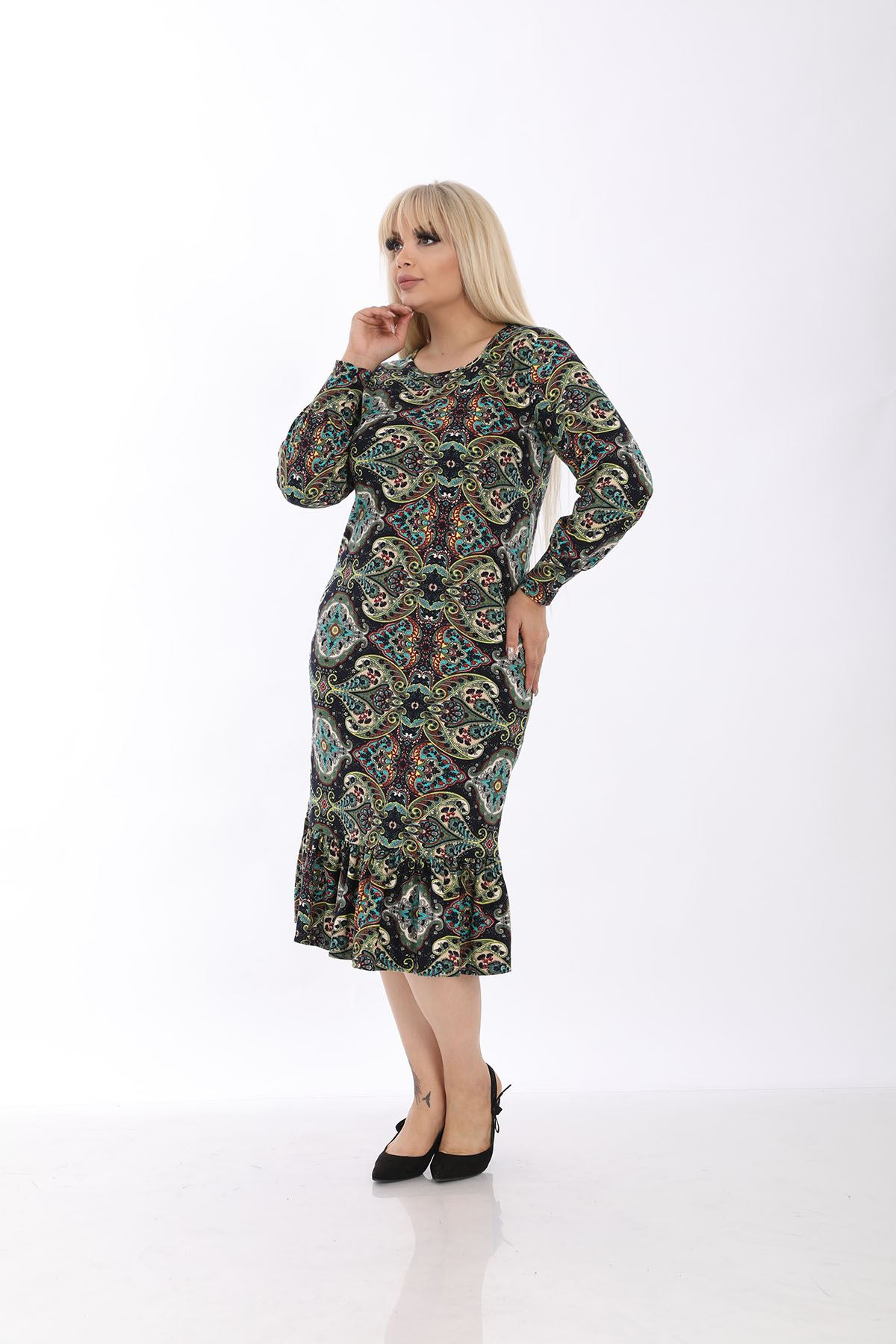 Kışlık Kollu Büyük Beden Elbise 33D-1306