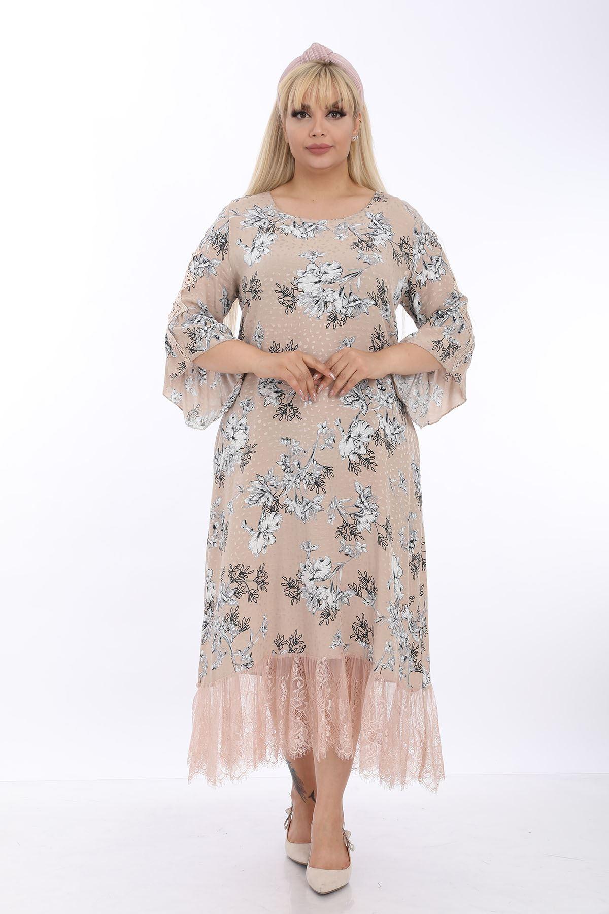 Bej Desenli Dantelli Büyük Beden Elbise J1-1318