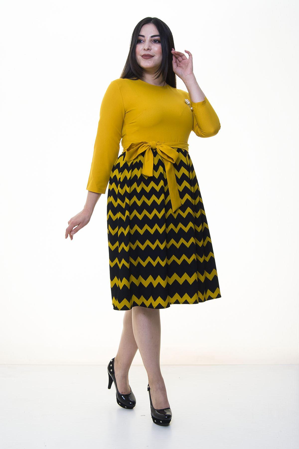 Eteği Kloş Jakarlı Elbise 25A-094299