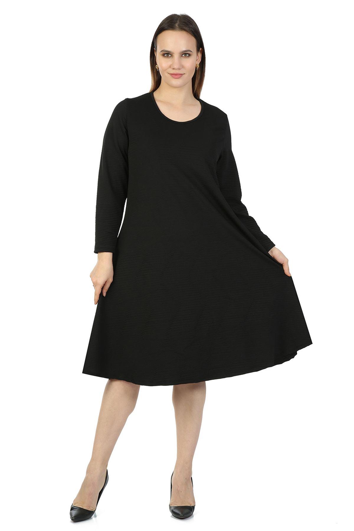 Siyah Kloş Büyük Beden Elbise 34D-1421