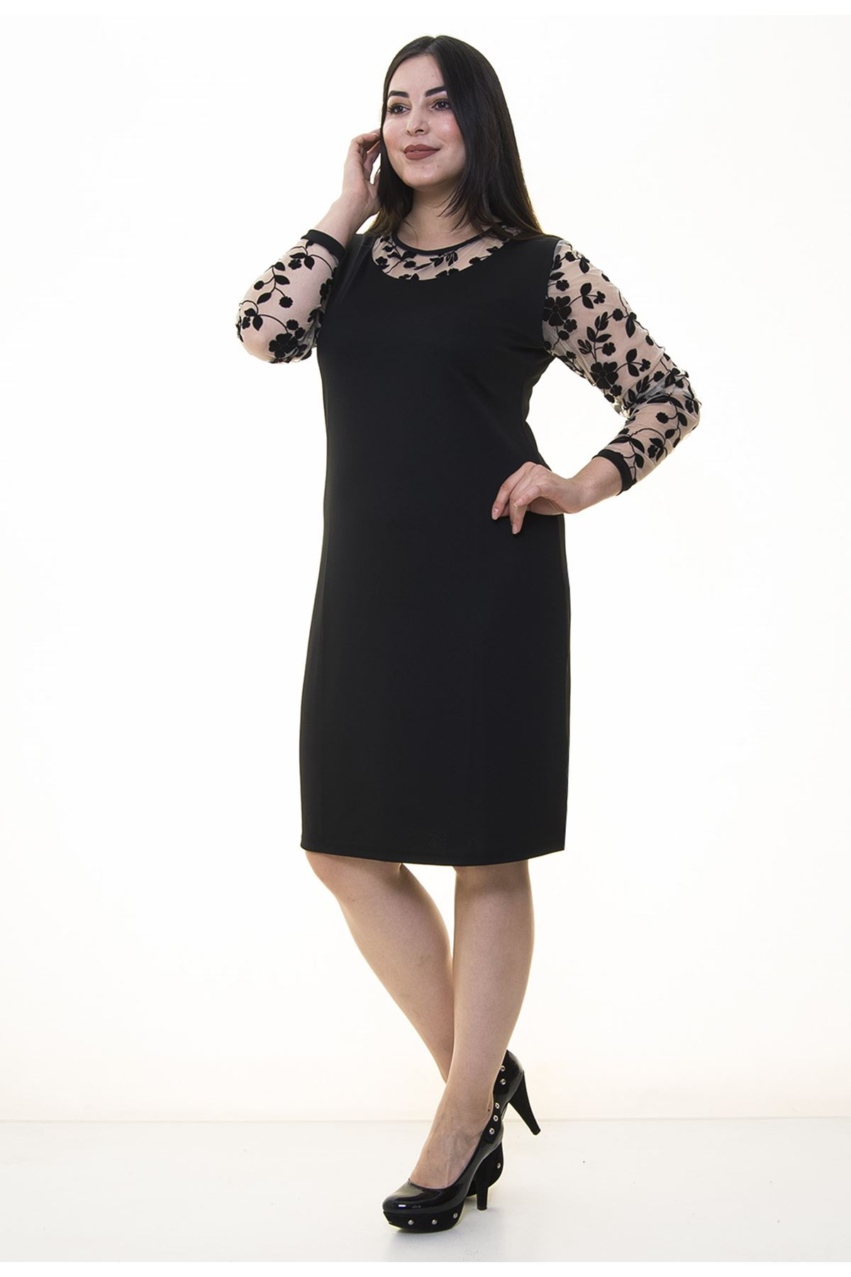 Manşet Kollu Siyah Büyük Beden Elbise 22E-90867