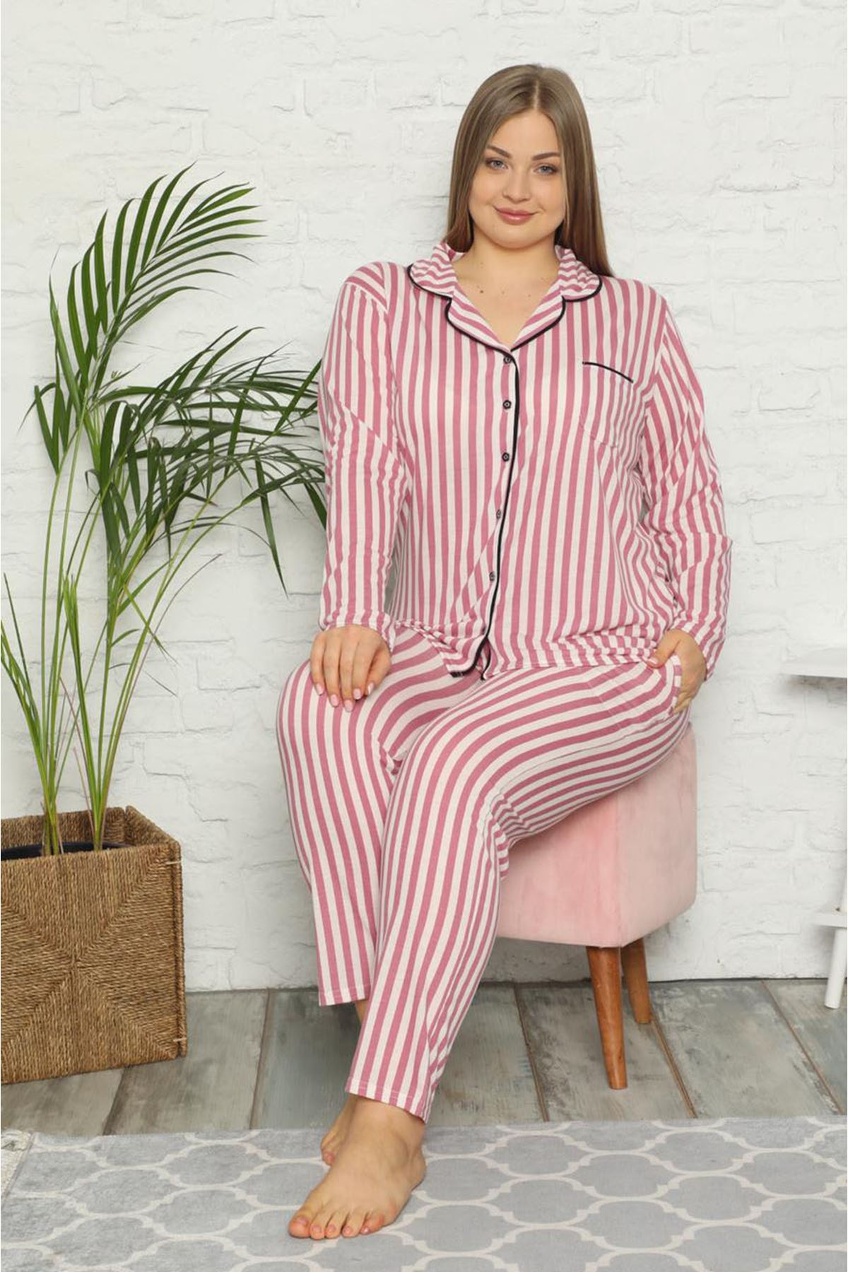 Çizgili Büyük Beden Pijama Takımı 33F-1548