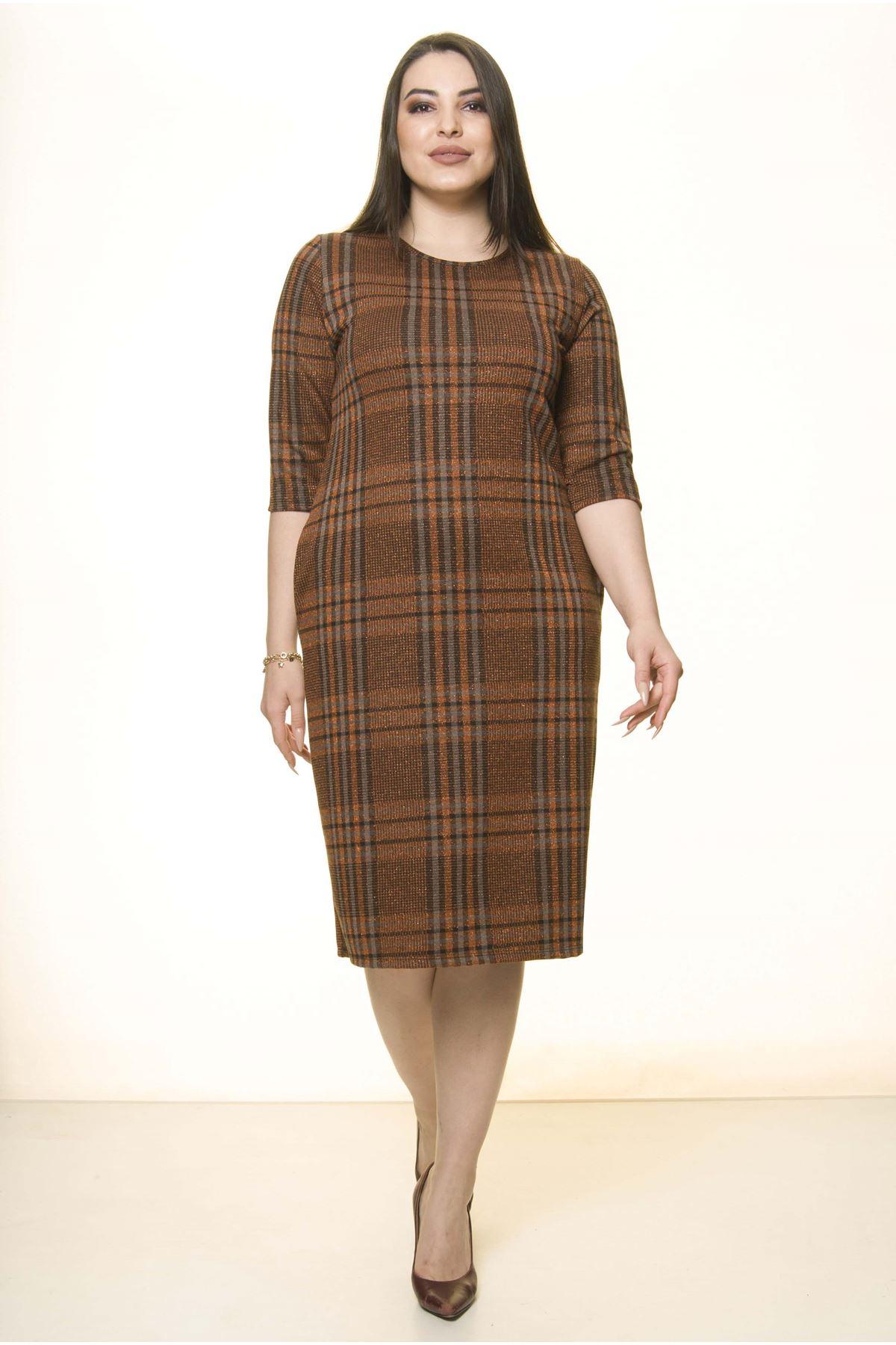 Ekoseli Cepli Kışlık Büyük Beden Elbise 25B-1498