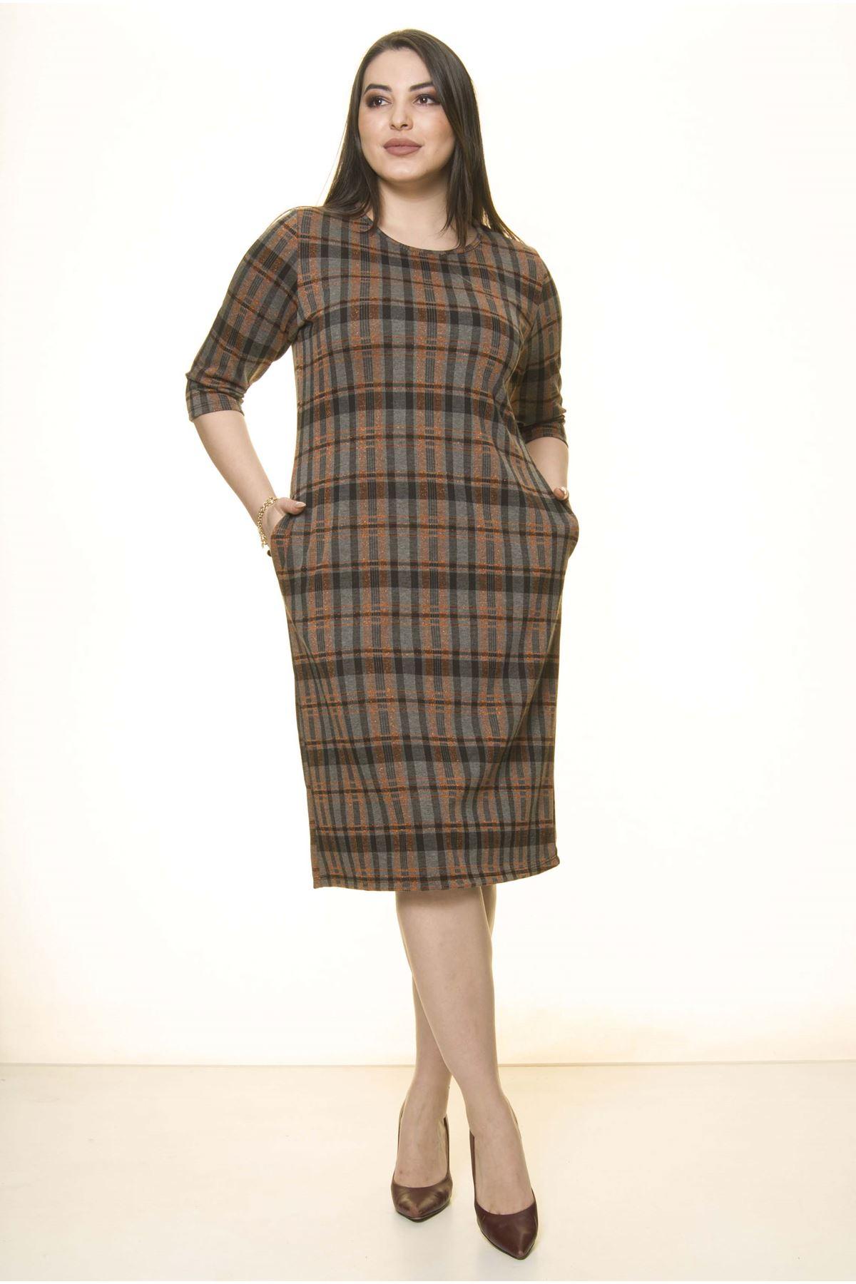 Desenli Cepli Kışlık Büüyük Beden Elbise 25C-1500