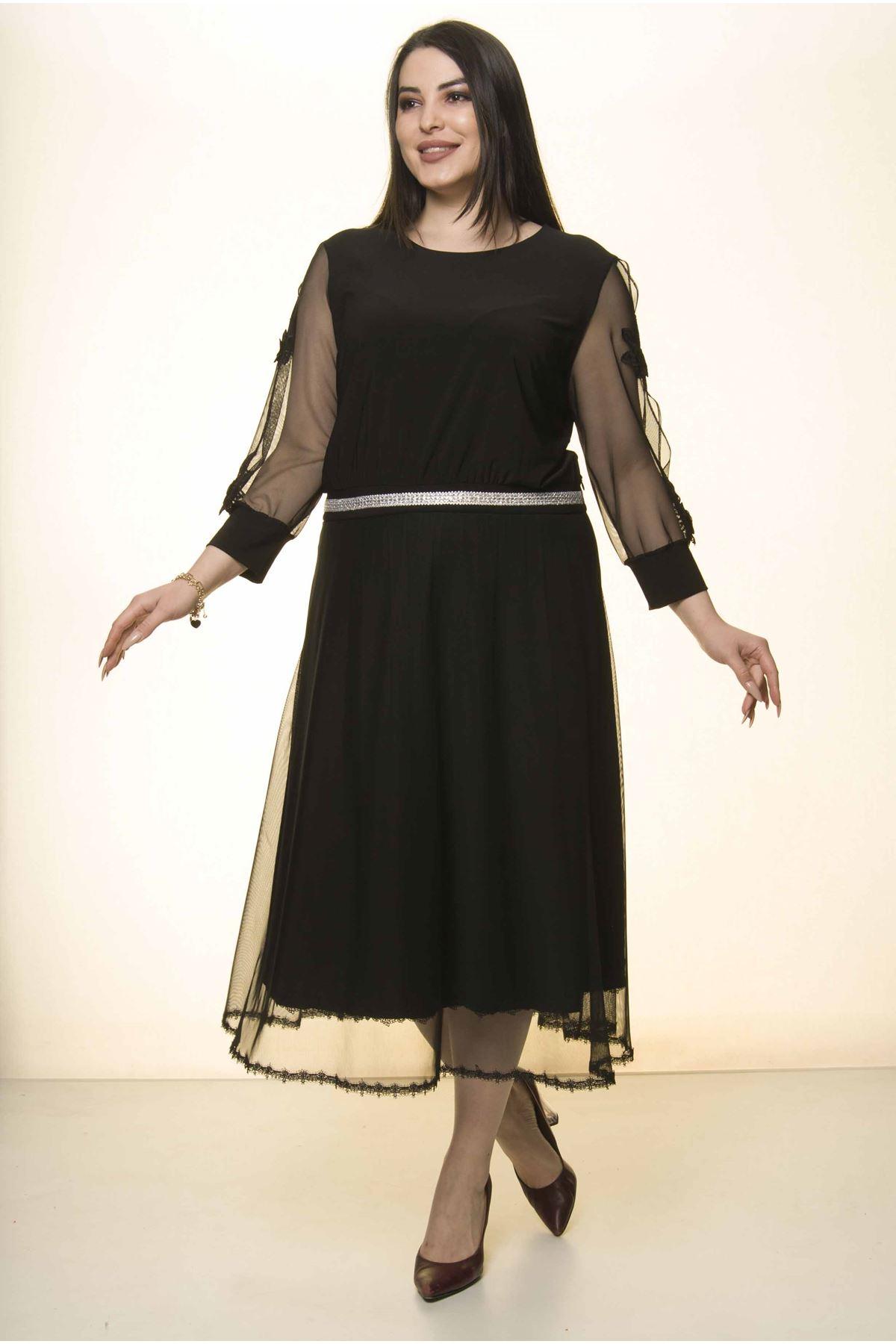 Siyah Kol Nakışlı Büyük Beden Elbise 31A-1571