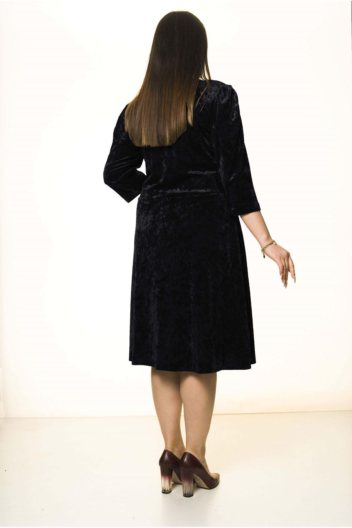 Siyah Kadife Büyük Beden Elbise 30A-1579