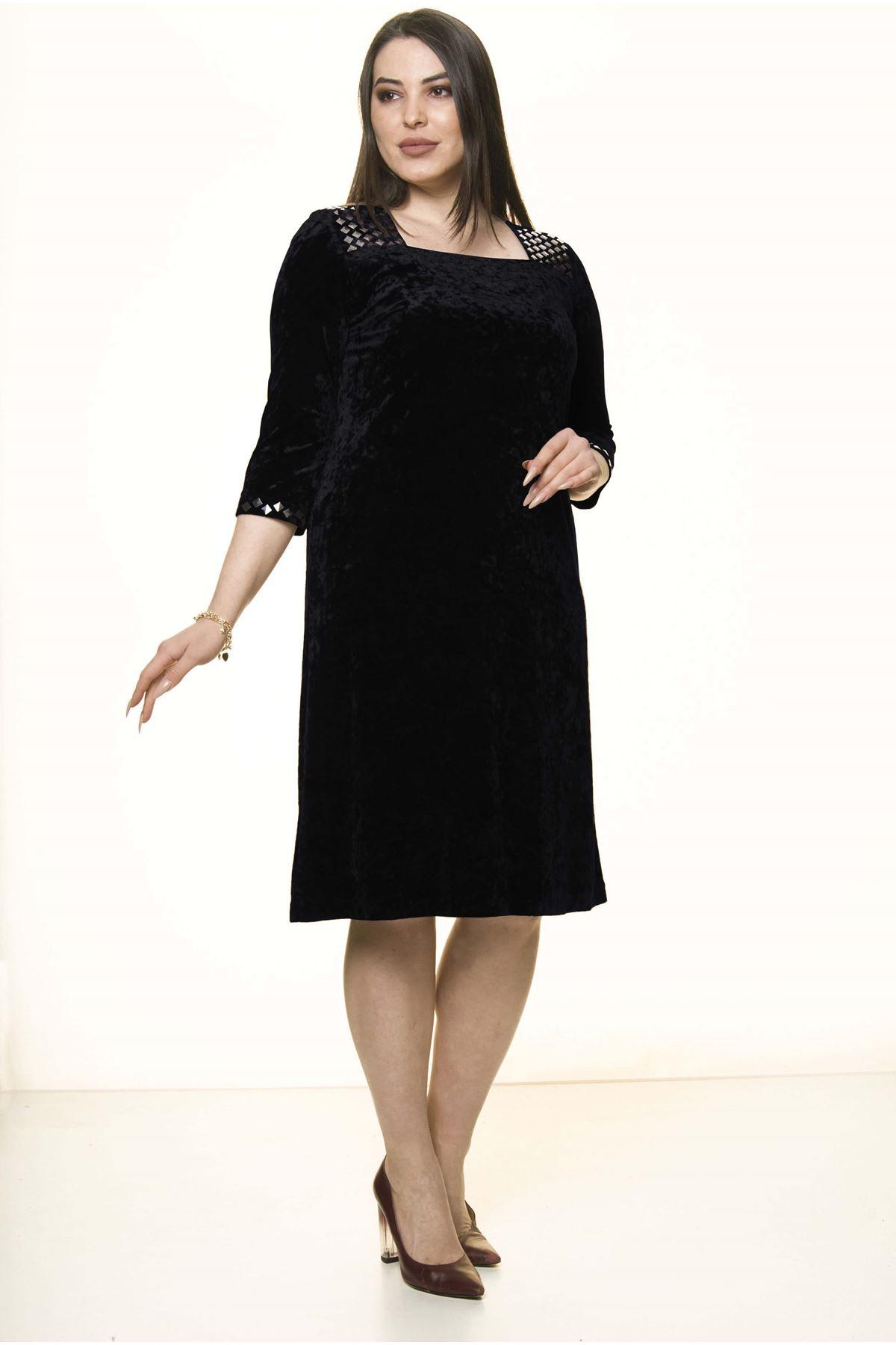 Siyah Kadife Büyük Beden Elbise 11A-1584