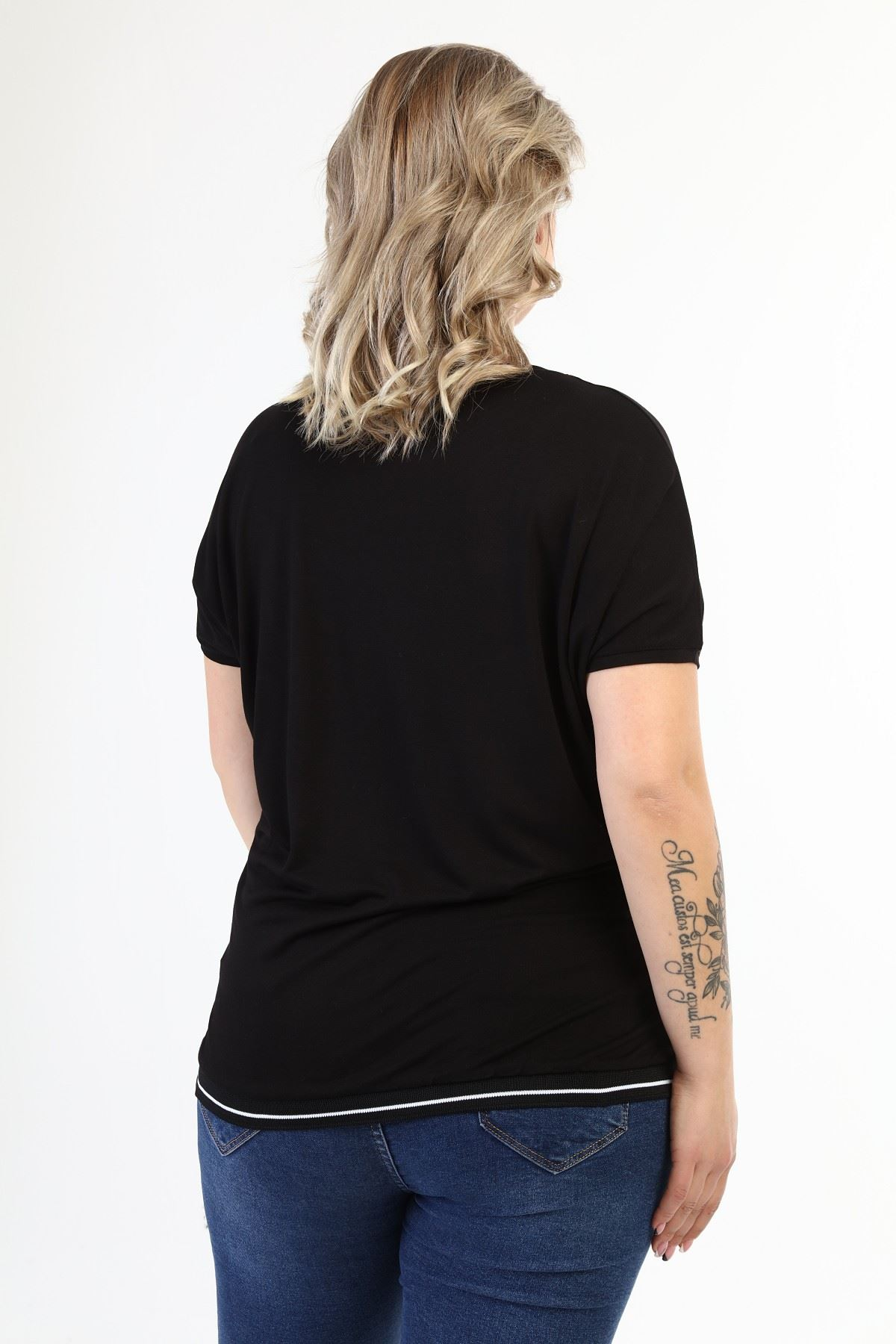 Siyah Taşlı Baskılı Büyük Beden Bluz 21D-1634