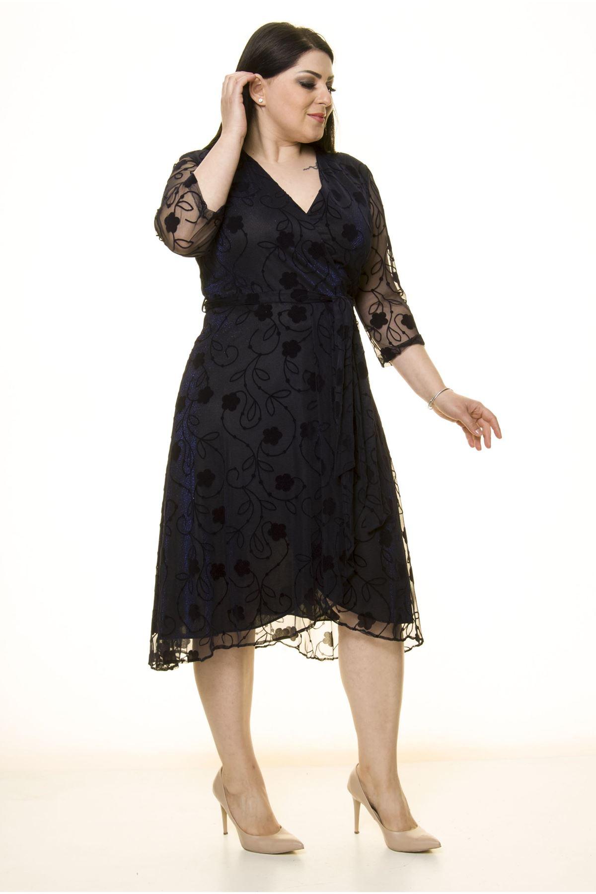 Kruvaze Yaka Simli Büyük Beden Elbise 16B-1595