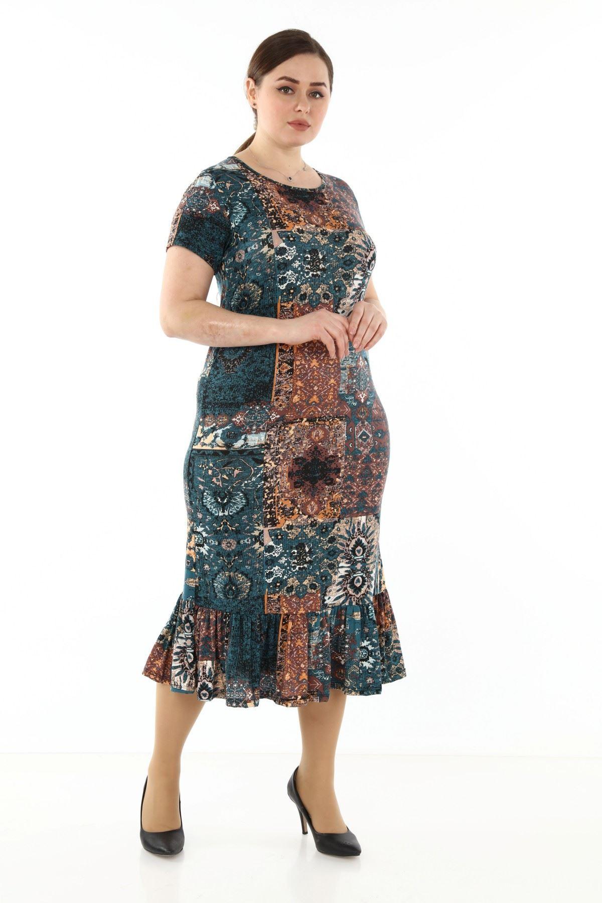 Desenli Eteği Fırfırlı Büyük Beden Elbise 4D-1754