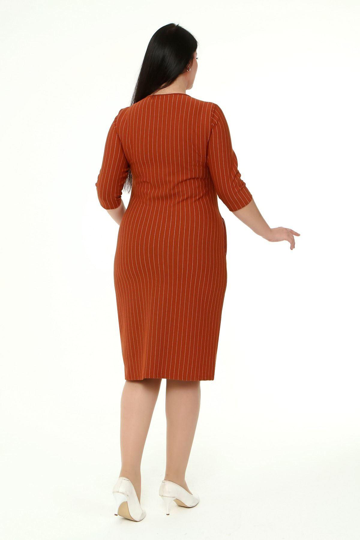 Jakarlı Cepli Kışlık Büyük Beden Elbise 3B-1867